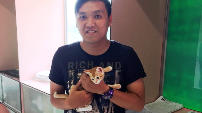 C984-Ravi with the adopter