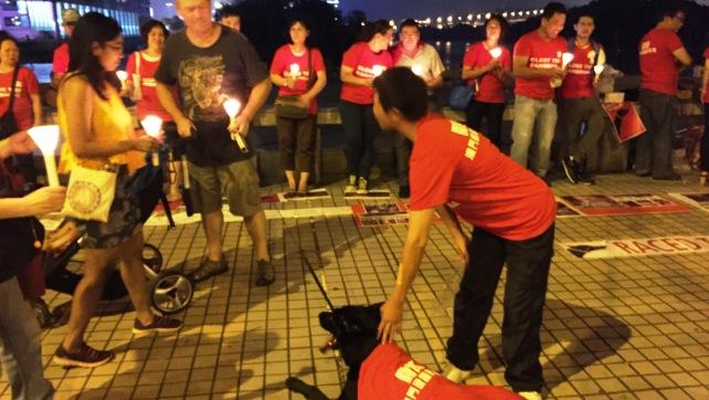 2015-09-30-Candlelight Vigil (10)