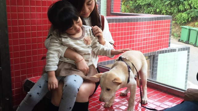 1527-Paulette with the adopter (2)